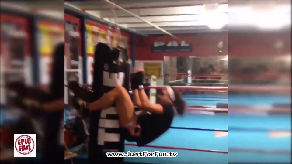 Top Selection of Gym and Workout Fails Compilation