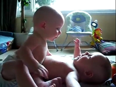 Twin baby boys palying with each other – Funny Video