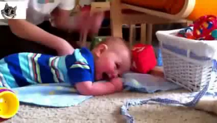 Very Funny Videos Of Kids Laughing Must See